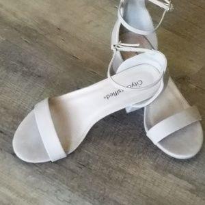 Beige dress shoes